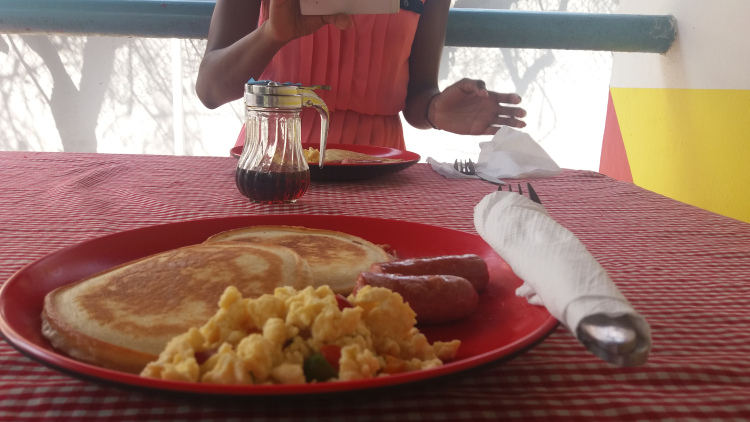Where to get American breakfast in Lagos
